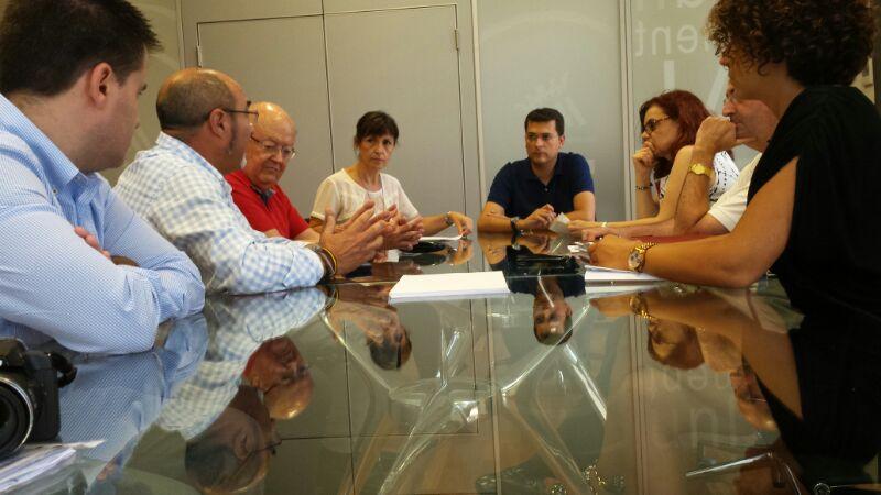 El Ayuntamiento de Alfafar y Acomval promocionarán el mueble en el municipio